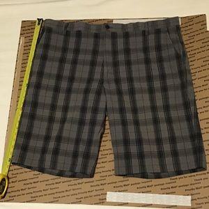 Dickies gray plaid shorts sz 44